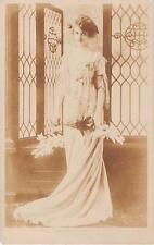 Dorothy Bond, c/o Mrs King, Broadway Hill 1907 - 'Mother'  jb371