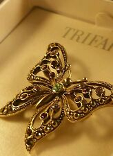 TRIFARI LARGE GOLD TONE BUTTERFLY WITH  MULTI-COLOR RHINESTONES BROOCH PIN ...IN