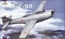 Amodel 1/72 MiG-9L # 7243