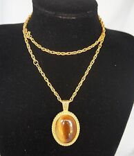 SALE! ! Vintage Elegant Cat's Eye Cabochon Gold Tone Necklace Pendant #0138