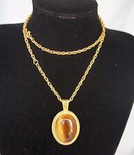 SALE! ! Vintage Elegant Cat's Eye Cabochon Gold Tone Necklace Pendant #0138