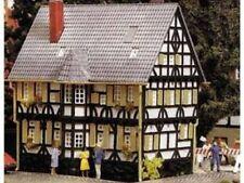 Spur H0 -- Bausatz Fachwerkhaus mit Erker -- 1798 NEU