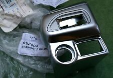 PIAGGIO MP3 HANDLEBAR COVER 622994 GENUINE PIAGGIO RIGHT HAND SIDE