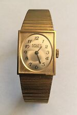 Vintage Gruen 17 Jewels Mechanical Movement Watch Original Bracelet Runs