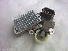 DEFENDER & DISCOVERY 2.5 DIESEL TD5 1998 - 2006 ALTERNATOR REGULATOR & BRUSHBOX