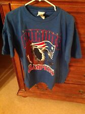 PATRIOTS JERSEY NEW ENGLAND MENS L BLUE T-SHIRT 1996 AFC CHAMPS SUPER BOWL XXXI