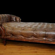 Chesterfield Recamiere Chaise Lounge Leder Bett Antik Luxus Klasse