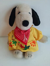VINTAGE 1968 UNITED FEATURE PEANUTS SNOOPY PLUSH & 1979 FRENCH ARTIST OUTFIT