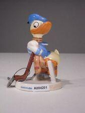 +# A004201 Goebel Archiv Muster Walt Disney Donald Duck spielt Eishockey Plombe