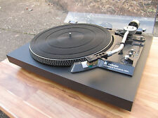 VINTAGE TECHNICS SL 23 a with wooden plinth in top condition