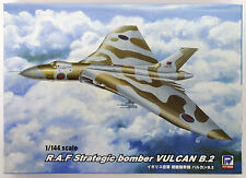 Pit-Road Skywave SN-15 RAF British Vulcan B2 Bomber 1/144 Scale Kit