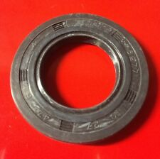 Vespa Rear Hub Oil Seal  27mm P125E PX125E LML 150 Super, Sprint