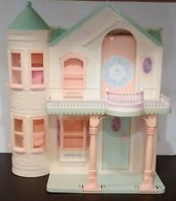 Vintage Mattel Barbie 1995 2 Story Fold-Up Victorian Dream House With Elevator