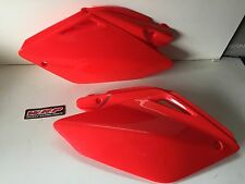 CACHE PLASTIQUE COQUE CARENAGE ARRIERE ROUGE HONDA 250 CRF 2004 2005 CR-F CR250F