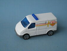 Matchbox Ford Transit Van White Police Ambulance Rescue Hero City Boxed