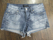 BEBE WOMENS SZ XS MED WASH BLEACHED LOGO HARDWARE DISTRESSED FRAYED DENIM SHORTS