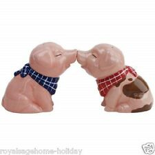 94527 Country Farm Pigs  Salt And Pepper Shakers Set Magnetic Kitchen Animals