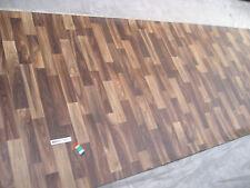 7637 PVC Belag Rest 400x129 Bodenbelag walnuss nuss Holzdekor robust Vliesrücken