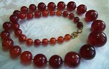 VINTAGE DECO LONG CHERRY AMBER GRADUATED BEAD LUCITE NECKLACE NICE 76 GR