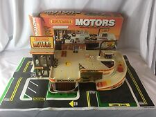 VINTAGE 1985 MATCHBOX MOTORS CAR DEALERSHIP PLAY SET ~ COMPLETE w/ PLAYMAT L@@K!
