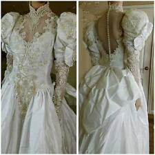 Beautiful Vintage 80s Victorian style white wedding gown with train size 10