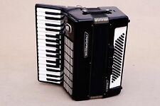 Very Nice German Accordion Weltmeister Stella 80 bass