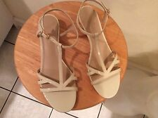$248 KATE SPADE WHITE PATENT LEATHER wedge Sandals Low Heels Womens Shoes 9M