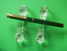 SHEAFFER TARGA, LAQUE,  SHINY BLACK/GOLD TRIMS, Made in USA NEAR MINT.
