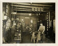 WORKERS OF SELLERS MCF. Co., CHICAGO, ILL. & ORIGINAL ca 1922 OCCUPATIONAL PHOTO