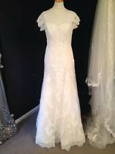 2302 LACE WEDDING DRESS BRIDAL GOWN BY Benjamin Roberts IVORY UK 12