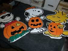 PEANUTS HALLOWEEN WALL ORNAMENT LOT....SNOOPY...WOODSTOCK .... CHARLIE BROWN