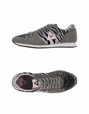 NWB Women's Le Coq Sportif Suede & Gray Tiger Fabric Sneakers US 8.5 / 9 EU 40