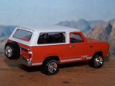 1978 78 PLYMOUTH 4x4 TRAIL DUSTER 1/64 SCALE DIECAST COLLECTIBLE DIORAMA
