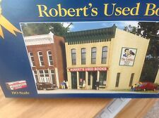 Walthers Cornerstone: Robert's Used Books.  HO KIT Gold Ribbon Series by Kibri