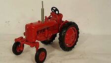 Ertl McCormick Farmall HI-CLEAR100 116 diecast farm tractor replica collectible
