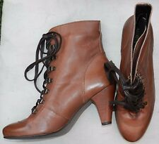 Urban Vintage Brown Faux Leather Block Heel 'Victorian' Ankle Boots - Size 7