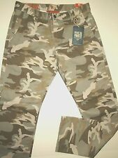 Dockers by Levi's men's camouflage pants slim fit modern design size 33x30 NWT