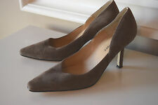 Karen Scott Brown Suede Leather Heels Excellent Career Cocktail 8 M Pumps Marlo