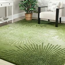 Safavieh Handmade Soho Burst Green New Zealand Wool Rug (6' Square)