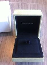 VAN CLEEF & ARPELS : LARGE GRAND BOITE BIG BOX ECRIN BAGUE, For BIG RING