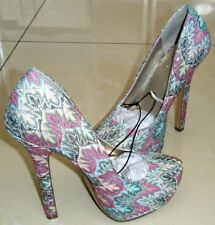 Forever 21 Ladies Heights Stiletto Pumps         Size US 6       New