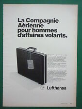 9/1972 PUB LUFTHANSA GERMAN AIRLINE AIRLINER STEWARDESS VALISE FRENCH AD