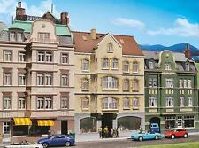 Faller H0 130447 Stadthaus mit Kneipe #NEU in OVP##