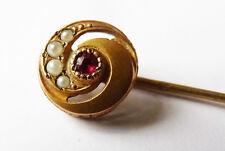 Épingle de cravate ou foulard en métal doré + perles + strass  Vers 1900