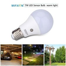 7W E27 Dusk to Dawn Auto Sensor LED Light Bulb Outdoor Lighting Lamp Warm White