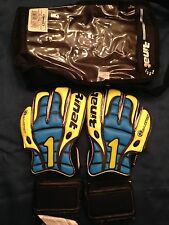 New RINAT GLADIATOR GOALIE SOCCER GLOVE Size 8, Goalkeeper, Futbol, Football