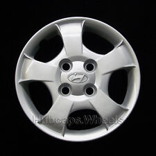 Hyundai Accent 2000-2002 Hubcap - Genuine Factory Original OEM 55546 Wheel Cover