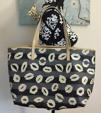 Marc By Marc Jacobs Coated Canvas Kiss Mark Lips Large Tote Bag Gray Black RARE!