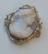 ANTIQUE VICTORIAN  GOLD CAMEO BROOCH