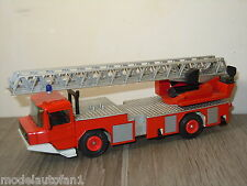 Magirus Deutz DL 23-12 Fire Truck van Gama 3546 Germany *6208